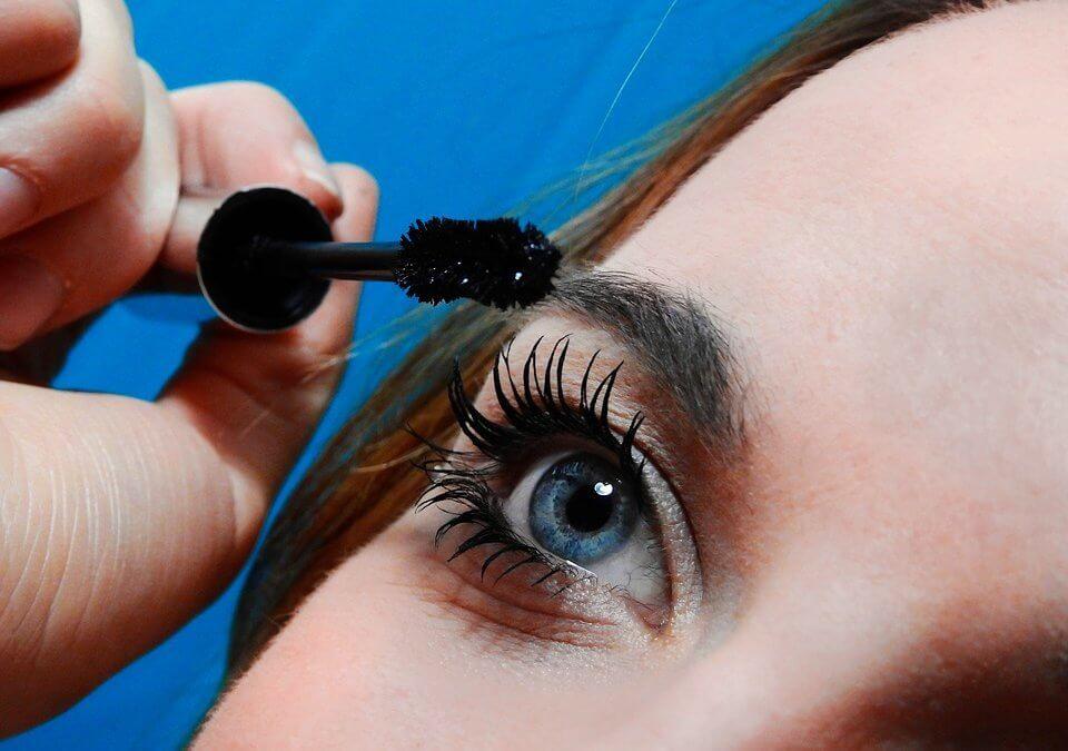 3 astuces pour bien appliquer votre mascara